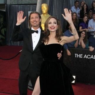 Brad Pitt le dio a Angelina Jolie un campo de tiro como regalo de bodas