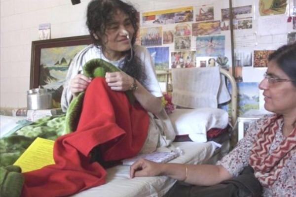La activista Irom Sharmila cumple doce años en huelga de hambre en la India