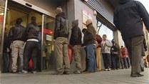 Desempleo crece en octubre 2,73% en España, a 4,83 millones de parados