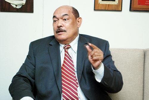 Alburquerque aconseja a Danilo Medina nacionalizar la Barrick Gold
