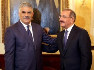 """Danilo Medina y Miguel Vargas hacen """"aparte"""" en la reunión de hoy en Palacio"""