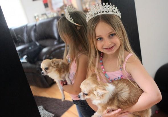 COSAS DEL MUNDO: Tiene 7 años, ganó un concurso de belleza y es millonaria
