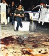 Anoche en Villa Consuelo, matan hombre delante de su esposa e hijo