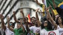 Ni Rousseff ni el fútbol paran las protestas en Brasil