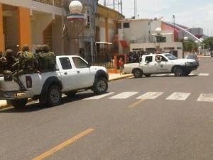 Detienen dos hombres en Santiago con 6 granadas y 4 fusiles
