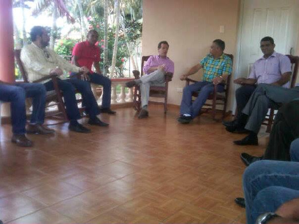 """Ito Bisonó, sigue """"zancajeando"""" los reformistas; esta vez en Villa Tapia…"""