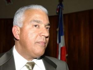 Grupo de Hipólito emplaza a Miguel a convocar Comisión Política en cinco días