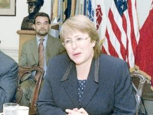 Seis mujeres civiles latinas han sido ministras de Defensa