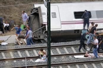 Vídeo muestra cuando tren se descarrila; muere funcionaria dominicana