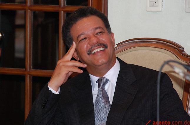 Ex presidente Fernández votará a las 4 de la tarde en elección miembros Comité Central