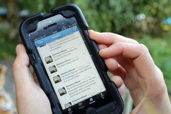 Psicóloga advierte adicción a la internet y redes sociales puede generar depresión