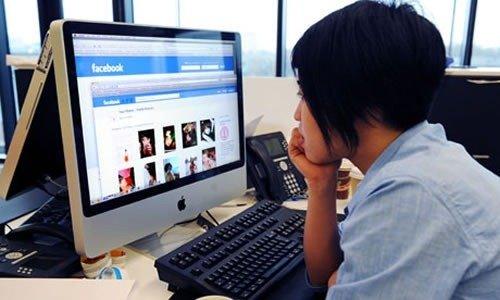 """Redes sociales """"comen caramelos"""" a medios tradicionales…"""
