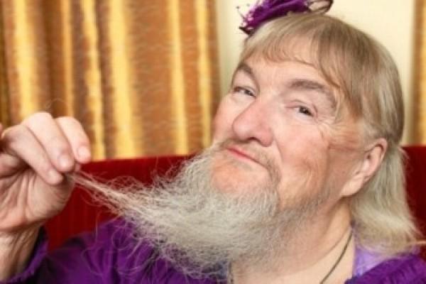 La mujer con la barba más larga, según Guinness.  (Foto)