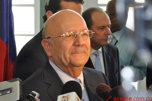 República Dominicana líder en derroche diplomático…