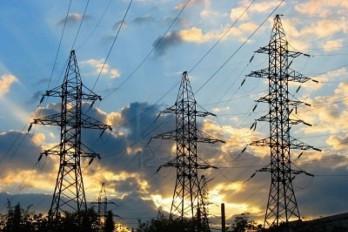 Generadores eléctricos reclaman pago de deuda por 700 millones de USA