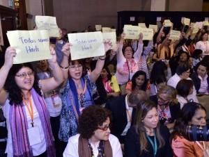 Danilo Medina tropieza con primera pieda