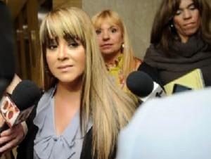 Ex esposa de Toño Rosario en estado delicado tras lipo