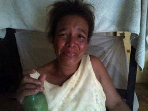 """Mujer mata a """"estrellenos"""" hijo de tres meses"""