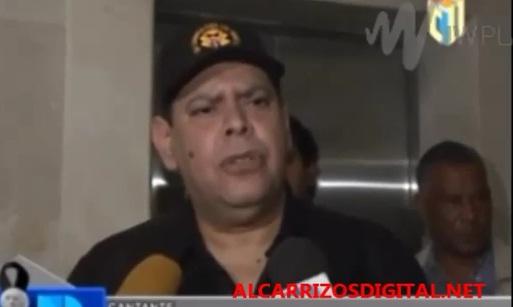 Fernando Villalona delicado de salud; esposa pide oren por él