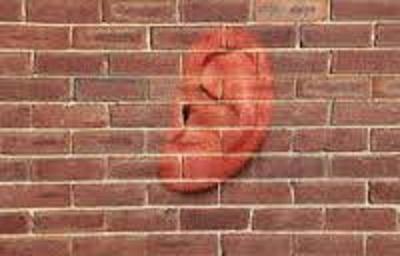 ORIGEN DE LAS PALABRAS: Las paredes tienen oídos…