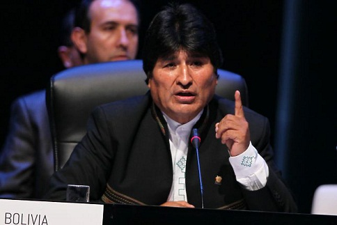 Evo Morales anuncia que parte a México; promete volver a Bolivia