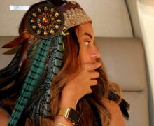 Beyoncé ya luce el exclusivo Apple Watch de oro…
