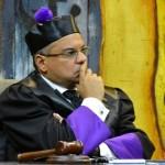 Piden destitución de Moscoso Segarra como decano de derecho de UNAPEC