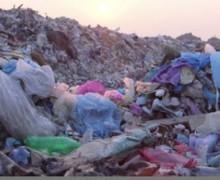 VIDEO: La ciudad más sucia del mundo muestra las caras de los que tiran basura en la calle