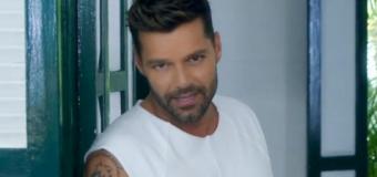 Ricky Martin invita a los dominicanos a salir a la calle a reclamar lo que es básico