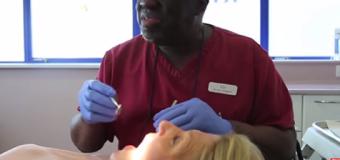 VIDEO: El dentista que les canta a los pacientes mientras les trabaja…