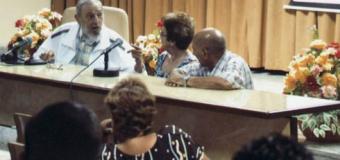 Fidel Castro reapareció en público tras el anuncio de la reapertura de las embajadas