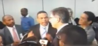 Periodistas podrían demandar a Ramón Colombo…