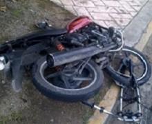 En Bonao yipeta mata tres jóvenes al chocar motor en que viajaban
