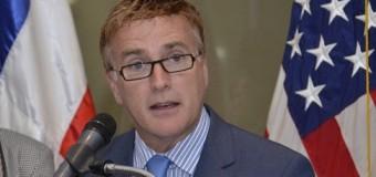 Ex embajador Brewster pide a estadounidenses no temer de vacacionar en RD