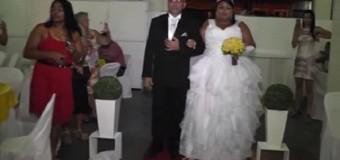 """DJ arruina boda al tocar """"remix"""" de Marcha Nupcial.VIDEO…"""