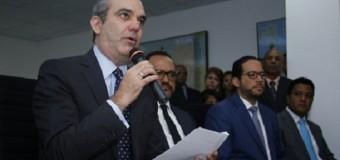 """ABINADER: """"no fue injerencia petición de Menéndez"""": anuncia viajarán a Washington"""