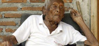 """""""YO SOLO QUIERO MORIRME"""" asegura anciano de 145 años…"""