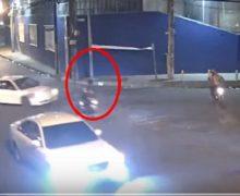 PRESIDENCIA divulga vídeo; carro mata motorista y se da a la fuga. VIDEO….