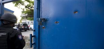 """Reos haitianos escaparon con """"una cantidad desconocida"""" de armas de fuego"""