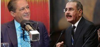 Reinaldo Pared, le cambia el nombre al presidente Medina…