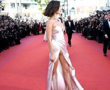 """""""Modelos enseñan de más"""" en la gala de apertura del Festival de Cannes…"""