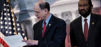 Congresista federal presenta propuesta para destituir al presidente Donald Trump de sus funciones