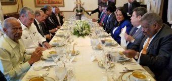Danilo Medina reúne a su tropa de partidos aliados y pasa balance