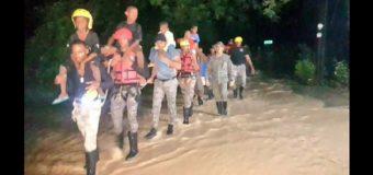 VIDEO: FUERZA AEREA DOMINICANA se luce en rescates inundaciones de Irma…