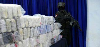 Ocupan 982 paquetes de cocaína y arsenal de armas en La Altagracia