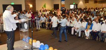 Feris Iglesias recibe apoyo de cientos perremeistas en acto proclamación