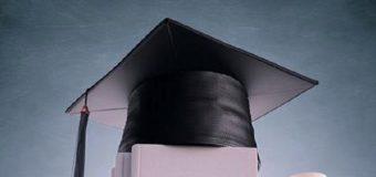 Anciana en EEUU obtiene su diploma escolar 80 años después