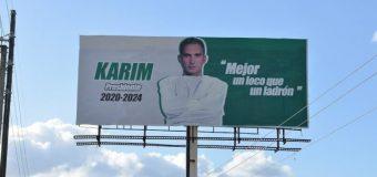 """Karim Abu promociona su candidatura llamando a votar por un """"loco y no por un ladrón"""""""