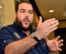 PRD destituye a Gómez Casanova como vocero y lo amonesta por apoyar reelección