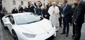 Vendido por 715,000 euros el Lamborghini del papa Francisco en Mónaco